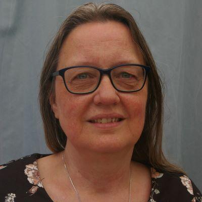 Wilma Hartman revsq400